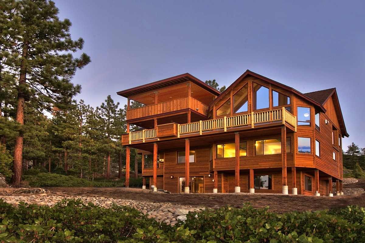 lake rental in from blocks tahoe paradise log authentic cheap cabin cabins the bijou
