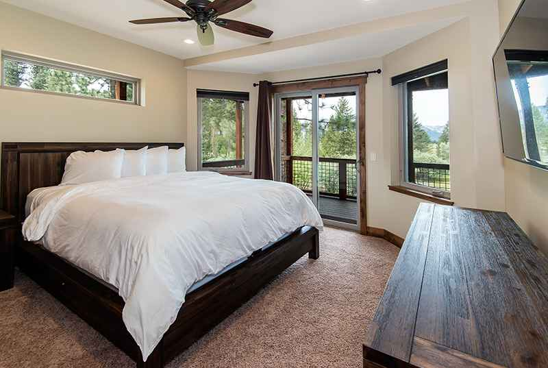 prop_3135_1435350587_8_bedroom_by_the_lake.jpg