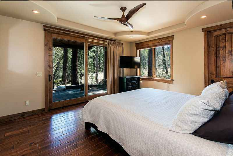 prop_3778_1443137282_6_bedroom_mountain_luxury_estate.jpg