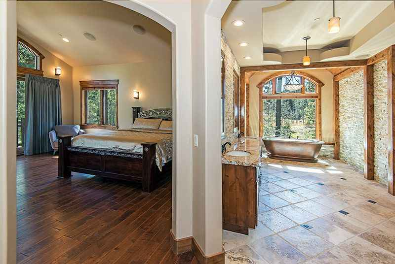 prop_3778_1443138596_6_bedroom_mountain_luxury_estate.jpg
