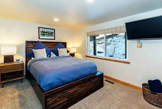 prop_3910_1518552801_6_bedroom_luxury_retreat.jpg