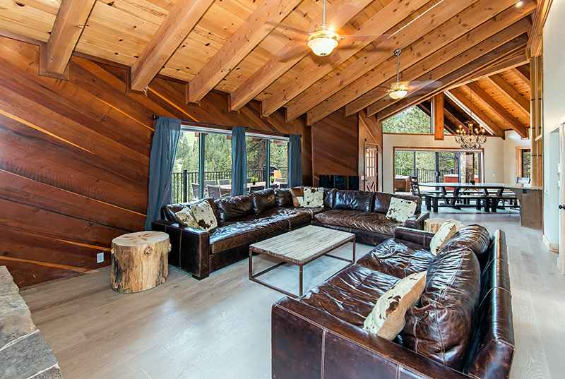 8 Bedroom Modern Estate At Heavenly