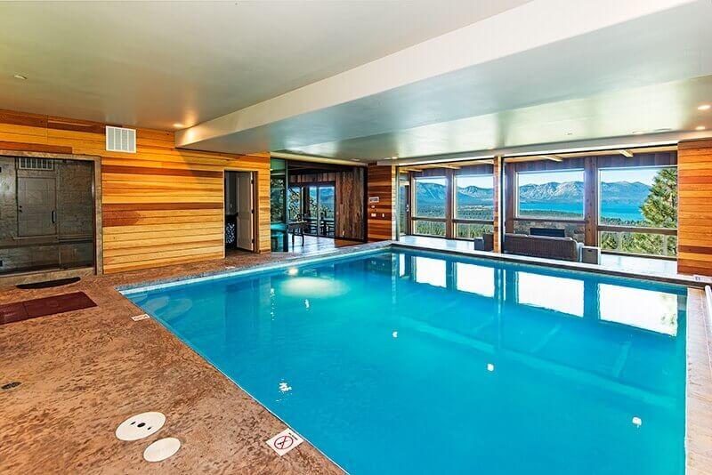 Lakeview luxury Ski in ski out Estate